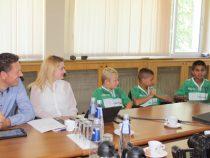 """Седем деца от ФК """"Пирдоп"""" участваха в тренировъчния лагер на Аурубис"""