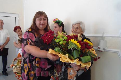 "Павлина Узунова – Удостоена със званието ""Почтен гражданин на Златица"""