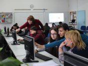 """Открит урок по Информационни технологии в СУ """"Св. П. Хилендарски"""" Златица"""