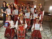 """ДВГ """"Шарени мъниста"""" – носители на голямата награда """"Златен Орфей"""""""