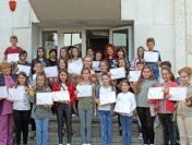 """""""Вълшебно детство"""" вдъхнови млади таланти от Пирдоп"""