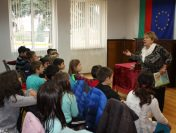 Вълнуваща среща с писателката Ангелина Жекова