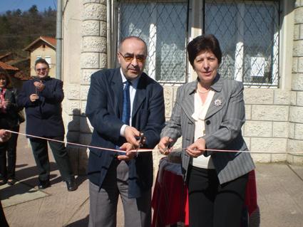 Великденски подарък за хората от Мирково