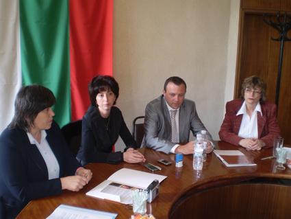 """Община Златица и """"Аурубис, България""""АД подписаха договор за съвместна социална програма"""