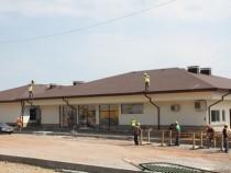 До месец ще бъде готов новият спортен комплекс в Мирково
