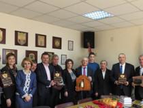 Областният управител връчи традиционните годишни награди за 2015 г.