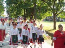 Самодейците от Душанци с успешно участие във фестивал в Черна гора