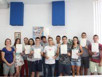 Завърши летният езиков курс на Аурубис