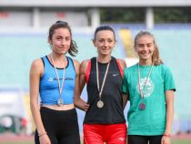 Сребърен медал за Елица Тодорова на 1 500 метра