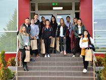 Ученици застанаха начело на Дънди Прешъс Металс за един ден