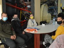 """Още трима ученика от ПГ """"Златица"""" започнаха практиката си в Дънди Прешъс Челопеч"""