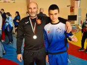 """Три медала за СК """"Стоян Николов"""" от ДЛП по борба в Сливен"""